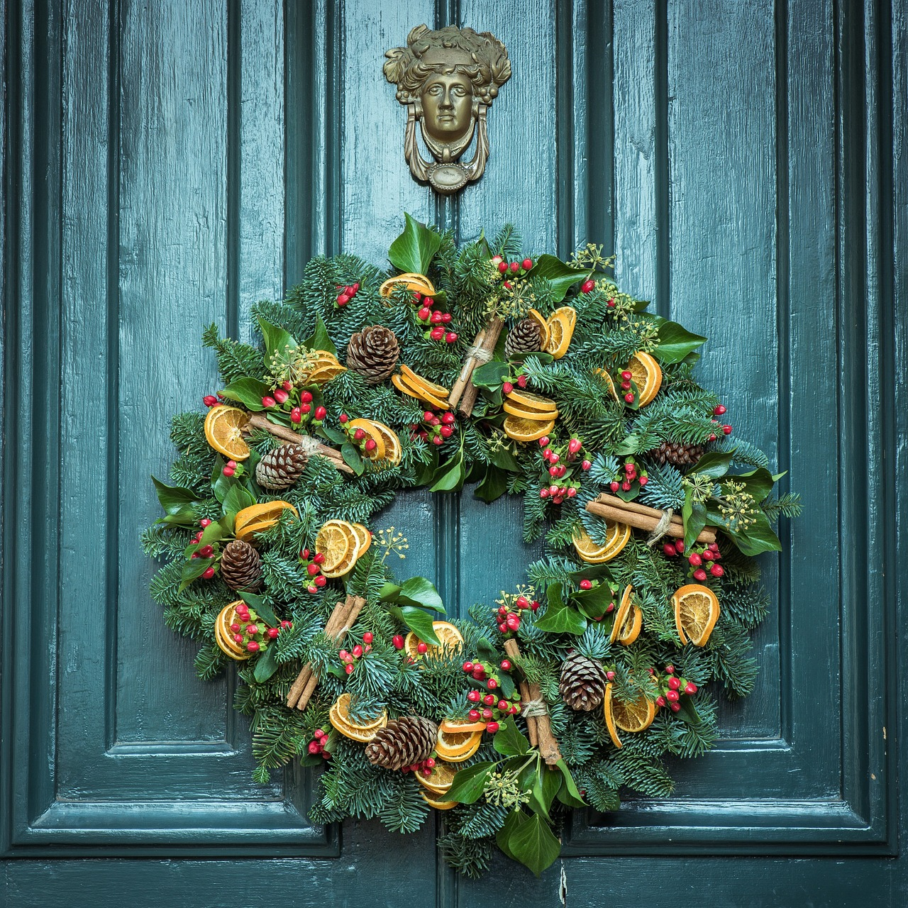 Your Home, Your Holiday: It's About the Wreaths